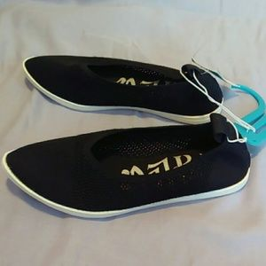 Mad Love Shoes - Mad Love 6 Black Knit Kim Slip On Flats
